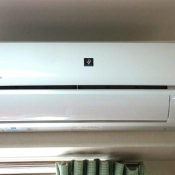 東京都板橋区で2018年製のSHARP(シャープ)のルームエアコン【中古品】を買取しました。
