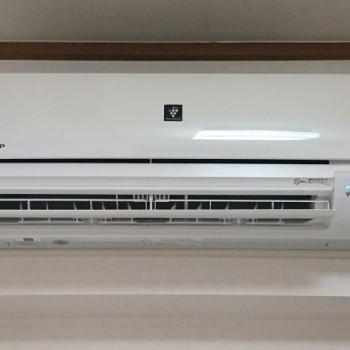 東京都目黒区で2017年製のSHARP(シャープ)のルームエアコン【中古品】を買取しました。