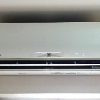 東京都渋谷区で2015年製の三菱電機のルームエアコン【中古品】を買取しました。