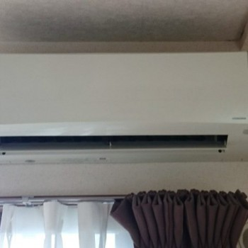 東京都武蔵野市で2016年製のCORONA(コロナ)のルームエアコン【中古品】を買取しました。