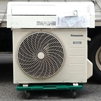 東京都杉並区で2017年製のPanasonic(パナソニック)のルームエアコン【中古品】を買取しました。